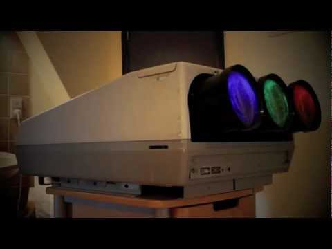 Barco Graphics 801 CRT projector preview