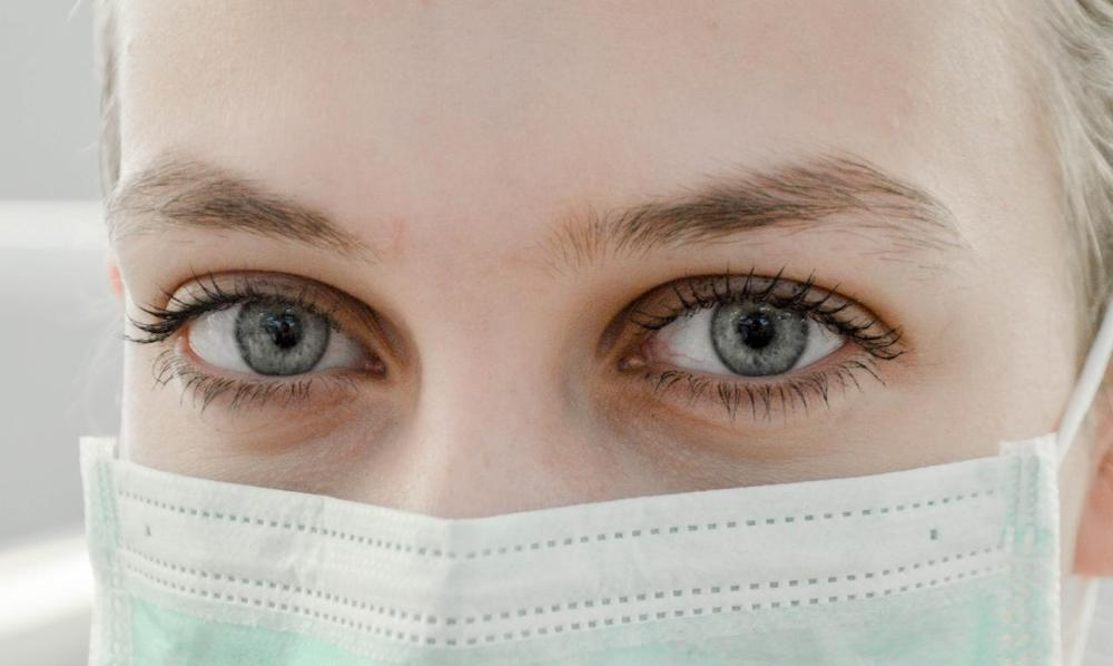 book an eye appointment with a doctor