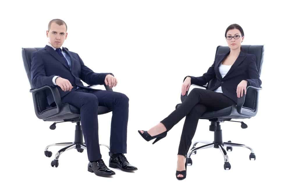 Man in Steelcase Leap vs Woman in Herman Miller Aeron office chair
