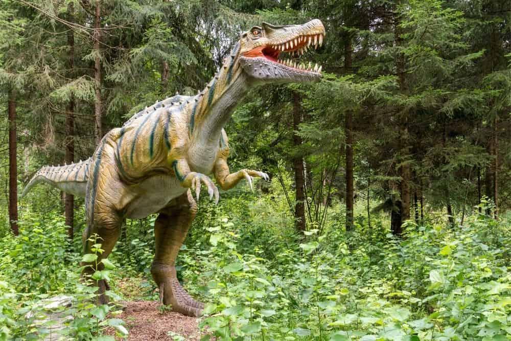 Dinosaur statue in Jurassic Park