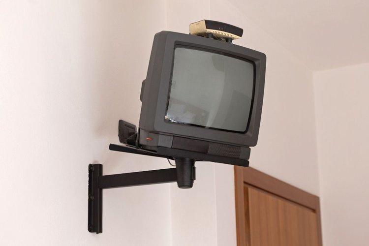 a crt tv