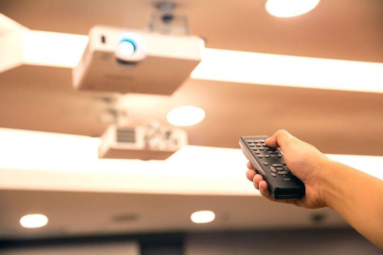 fix the rainbow effect of DLP projectors