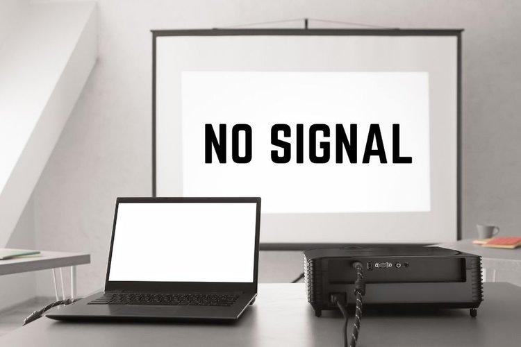no HDMI signal on a projector screen