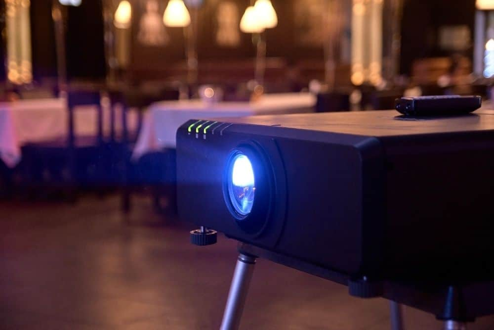 projector with Projector Vibration Isolator