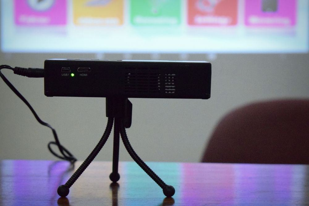 projector with shaking images on screen