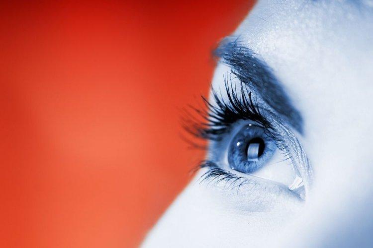 an eye looking at blue light