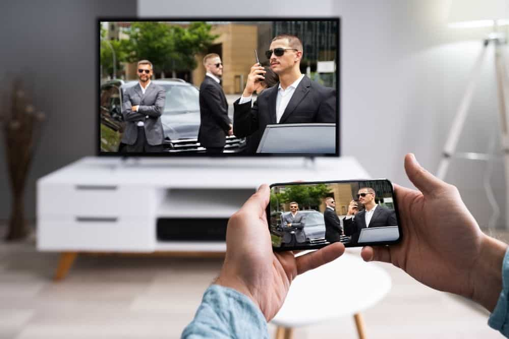 connect a SmartPhone to a Dumb TV