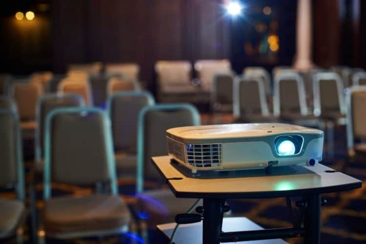 How Do Projectors Work?