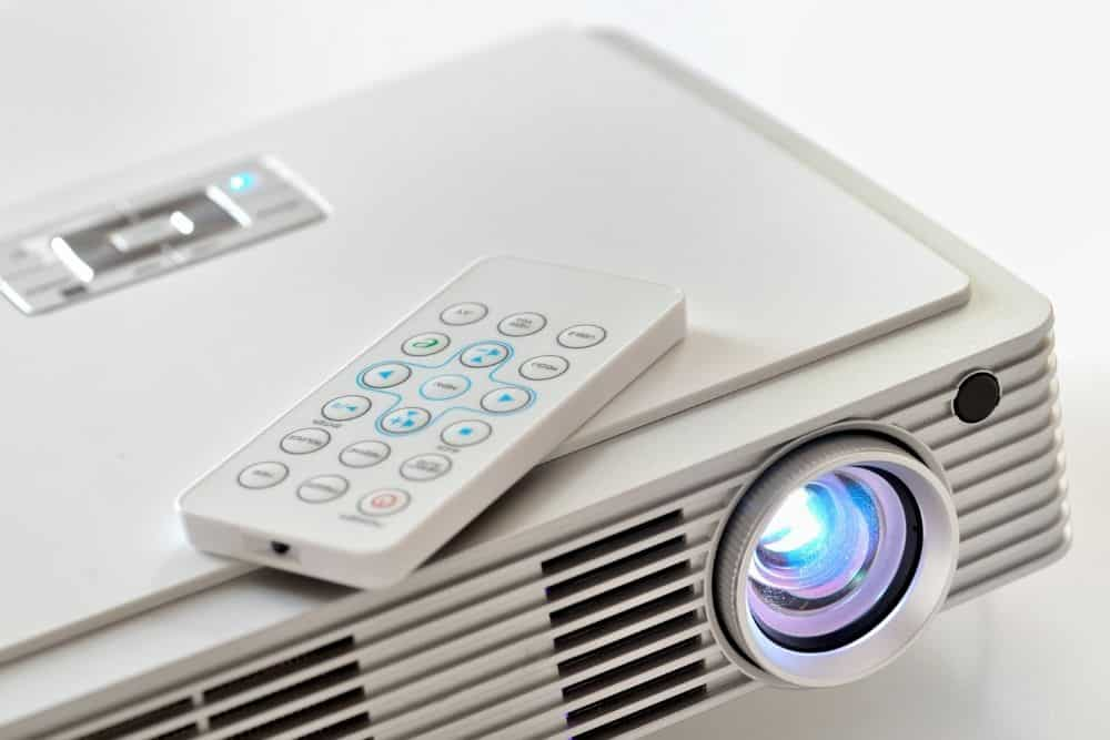 a LED projector with 20000 hours life expectancy