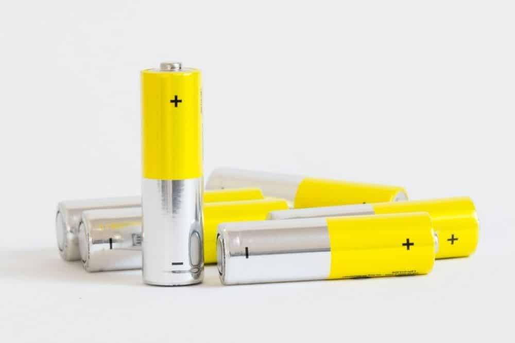 alkaline batteries for laser pointer