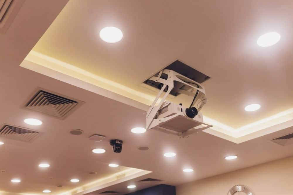 mount a white projector from the ceiling