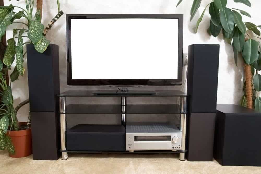 simple set-up of stereo sound system