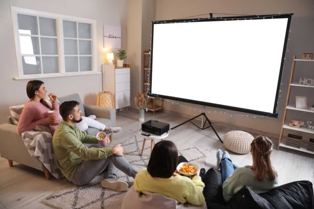 Using projector for home cinema with friends