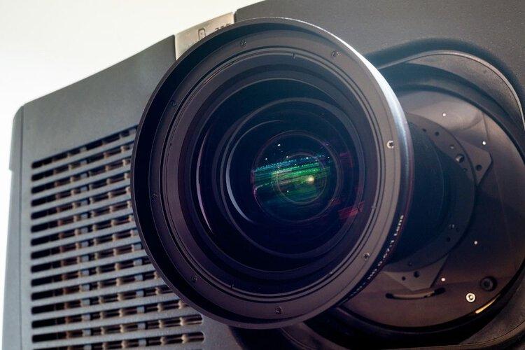 a zoom-in image of projector zoom len