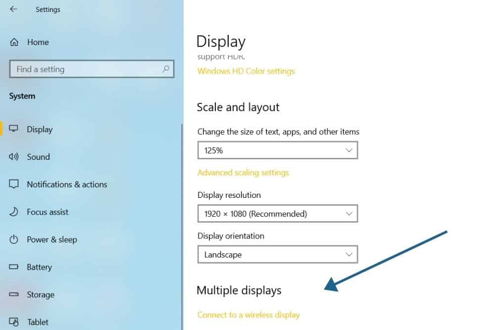 Duplicating a Screen on a Projector using Windows 10