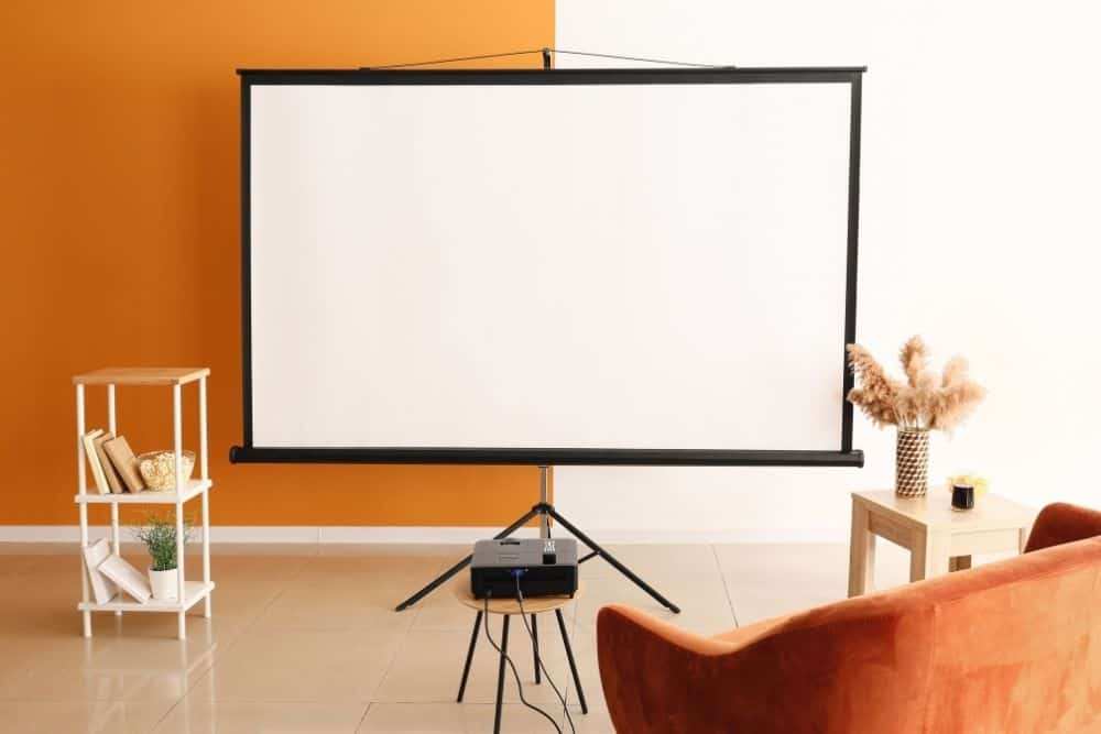 How long does a home theatre projector last