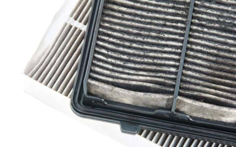 a replaceable air filter