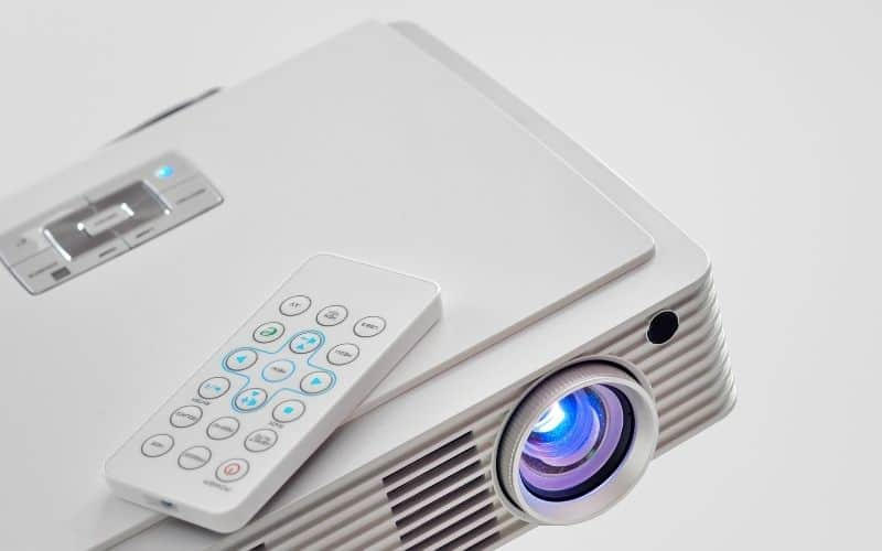 Deleting Save Memory list on epson projector