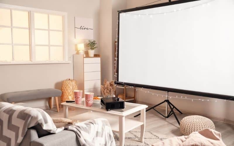 4K projector screen for a great movie experience