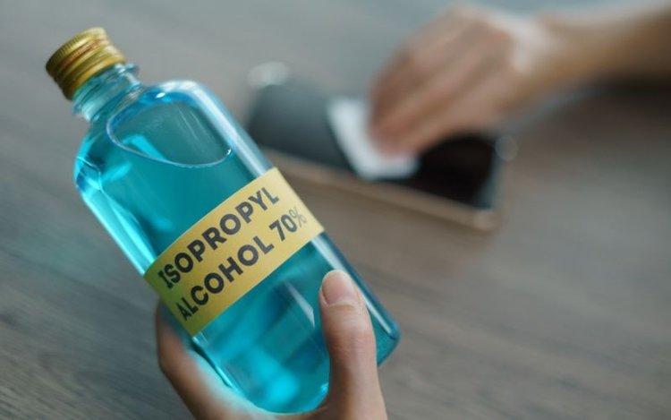 isopropyl alcohol 70