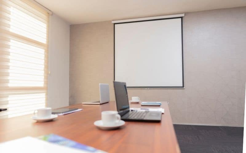 motorized projector screen gives a nice appearance