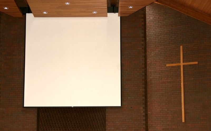 what size projector screen for church