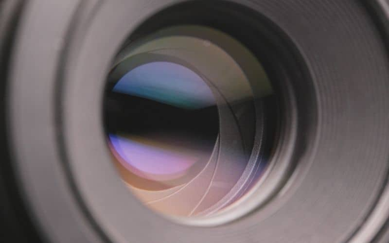 zooming in a projector lens (1)
